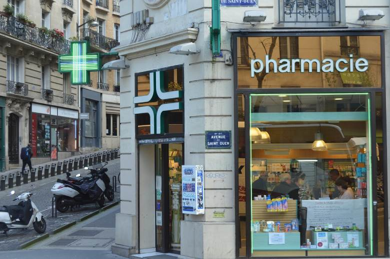 buy legal cbd cannabis in a pharmacy