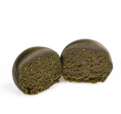 two pieces of Legal hashish 10% cbd Clementine